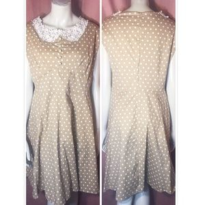 Tan Polka Dot Lace Collar Dress VTG Retro Volup